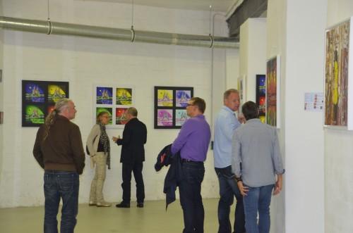 DSC 0017 500x331 review: Vernissage von Uwe Anders | Dingfabrik Köln