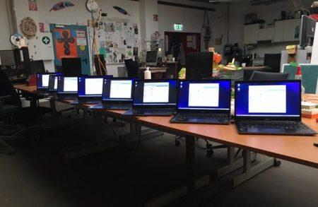 Laptops für Entfernt-Vereint